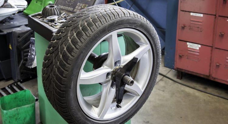 Quelles causes peuvent accélérer l'usure des pneus